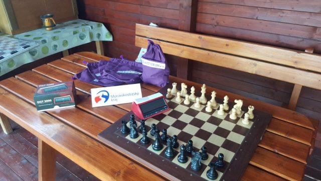 Šachový materiál z prostředků Moravskoslezského kraje
